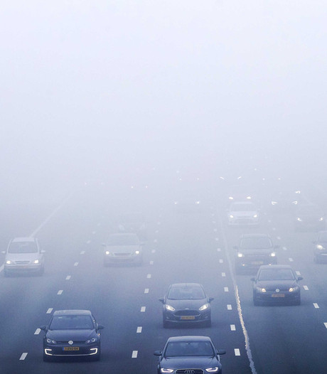 KNMI waarschuwt: slecht zicht door dichte mist