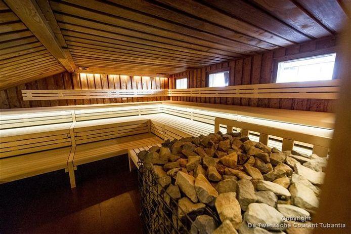 De grote sauna waar straks ook weer opgietingen zullen zijn