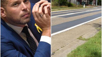 """Theo Francken (N-VA) zet druk op Wegen en Verkeer voor herstel 'levensgevaarlijke asfaltwegen': """"Absolute topprioriteit, verzekeren ze mij"""""""