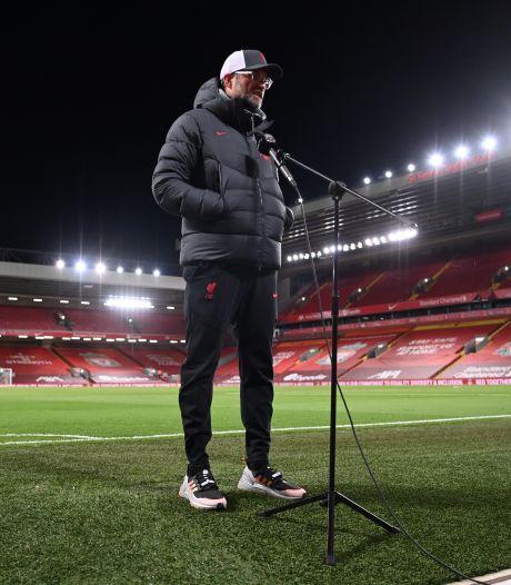 Klopp haalt uit naar omroepen: 'Nog maar de vraag of we seizoen met elf spelers eindigen'