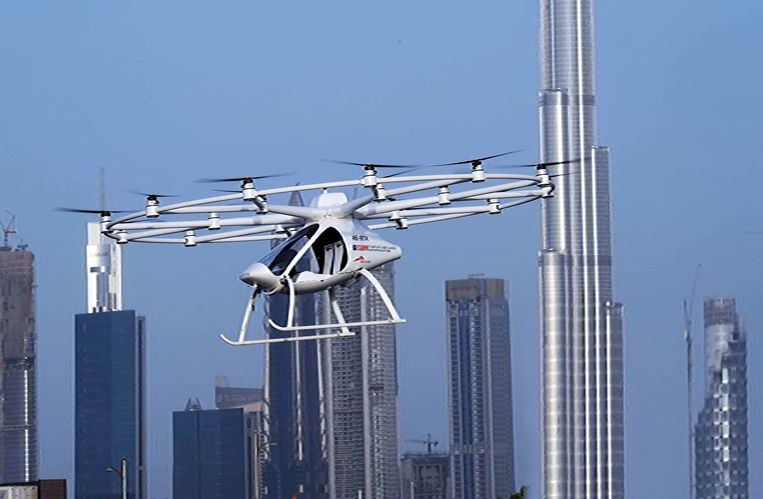 In Dubai mag je met de elektrische luchttaxi al boven de stad vliegen.