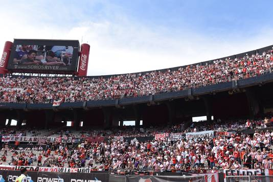 Fans van River Plate in Estadio Monumental.