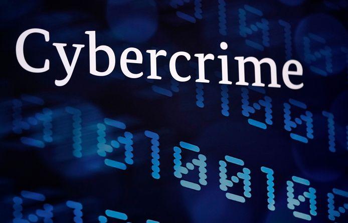 Politieman en cybercrimespecialist Peter Lahousse vertelt woensdag 20 november in Ulvenhout hoe digitale fraude is te voorkomen.