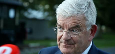 Haagse burgemeester Jan van Zanen: 'Het is niet anders, we doen het om erger te voorkomen'