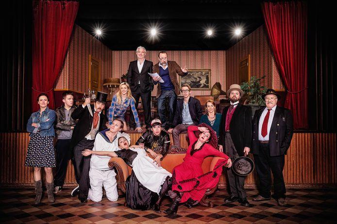 De reeks 'Amateurs' is vanaf 1 maart te bekijken op VTM GO.