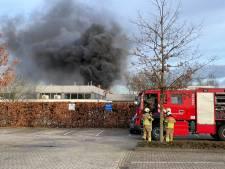 Brand op dak van huisartsenpost in Oosterhout: gasfles ontploft