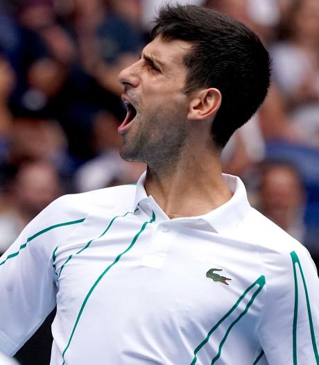 Djokovic vrij eenvoudig naar derde ronde Australian Open