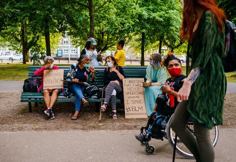 Demonstranten tijdens een protest op het Malieveld.  Beeld ANP