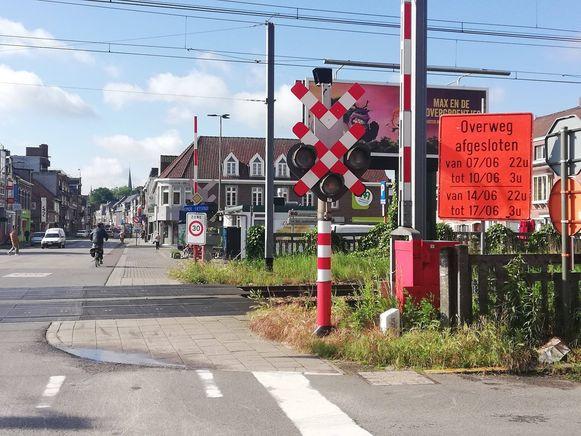 De spooroverweg zal twee weekends onderbroken zijn.
