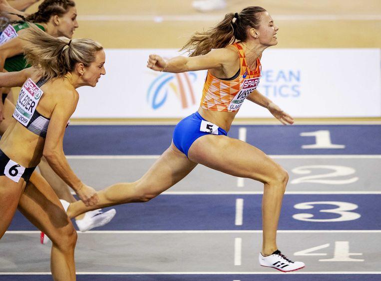 Nadine Visser wint de 60 meter horden tijdens het EK Indoor Atletiek 2019 in Glasgow. Beeld ANP