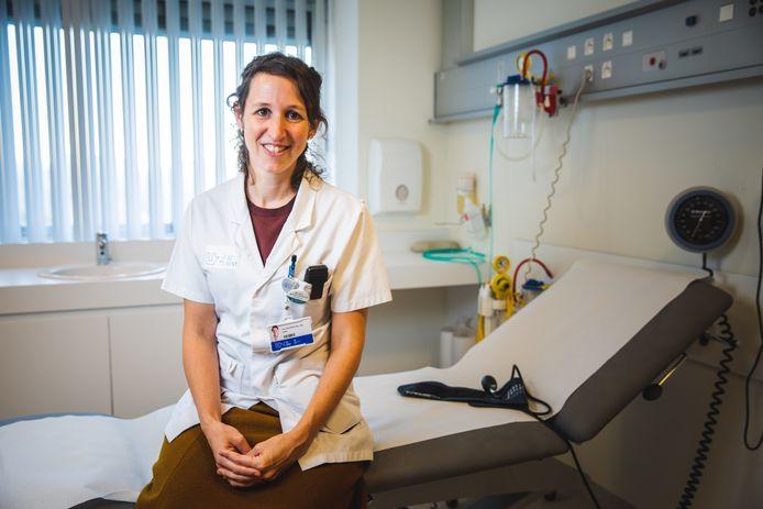 Eva van Braeckel, pneumologue à l'UZ Gent