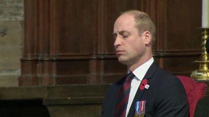 Vermoeidheid slaat toe: Prins William dommelt in tijdens ceremonie in Westminster Abbey