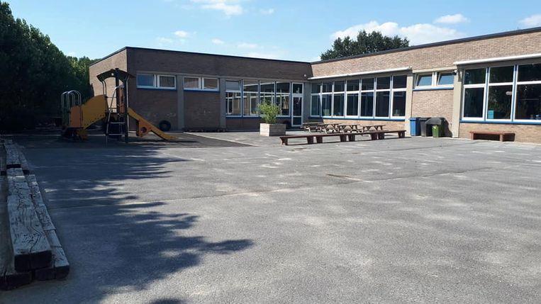 De Sint-Elooischool kreeg een mooie financiële injectie voor de verfraaiing van de speelplaats.