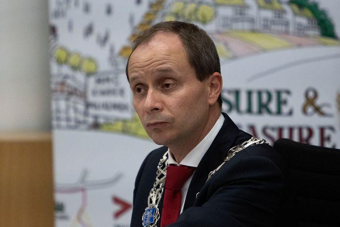 Burgemeester Anton Ederveen