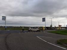 Gewonden bij botsing tussen twee auto's bij Vriezenveen