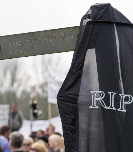 OM legt demonstranten Oostvaardersplassen straffen op
