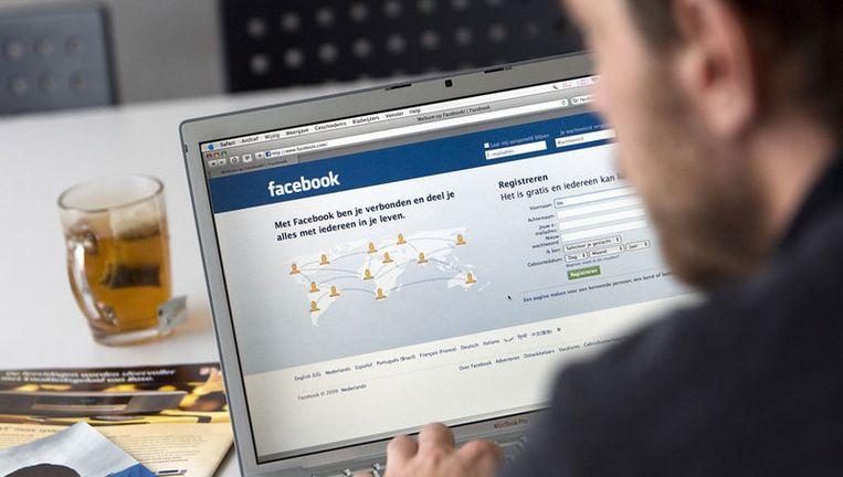 In de Verenigde Staten is Facebook inmiddels een gewild werkterrein voor Nigeriaanse bendes, die in Nederland vooral bekend zijn van oplichting via e-mail. Foto ANP Beeld