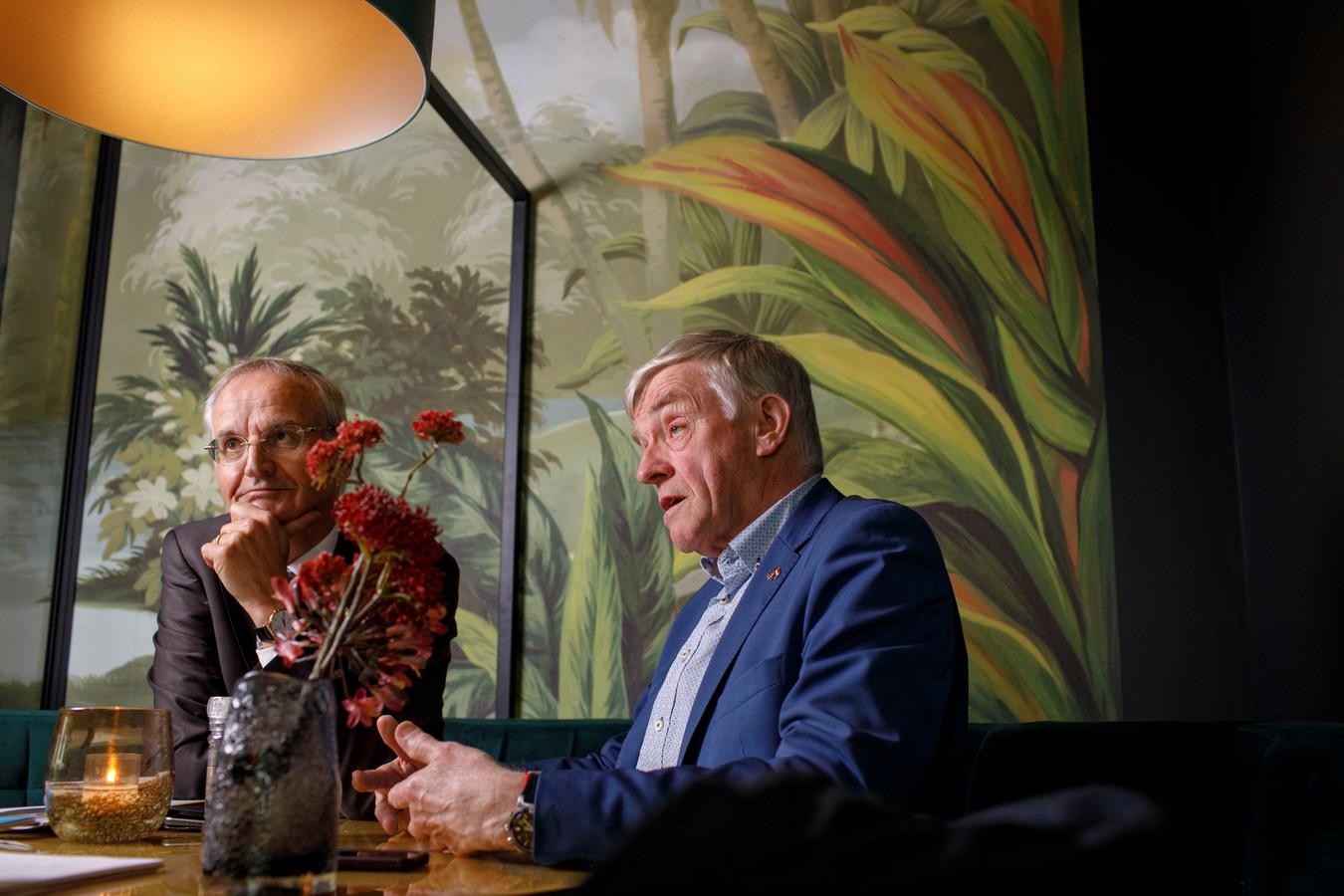Wim van de Camp (rechts) en Lambert van Nistelrooij, twee Brabantse CDA'ers die een leven lang in de politiek doorbrachten