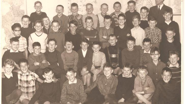 WEERZIEN: Een vrolijke klasse(n)foto met natte haren