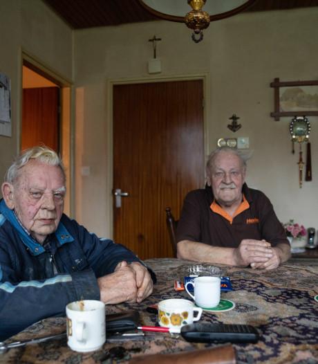 Burgemeester Dadema van Raalte bezoekt vandaag  overvallen broers uit Heeten