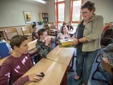 Novalis College in Eindhoven doet smartphones een weekje in de ban
