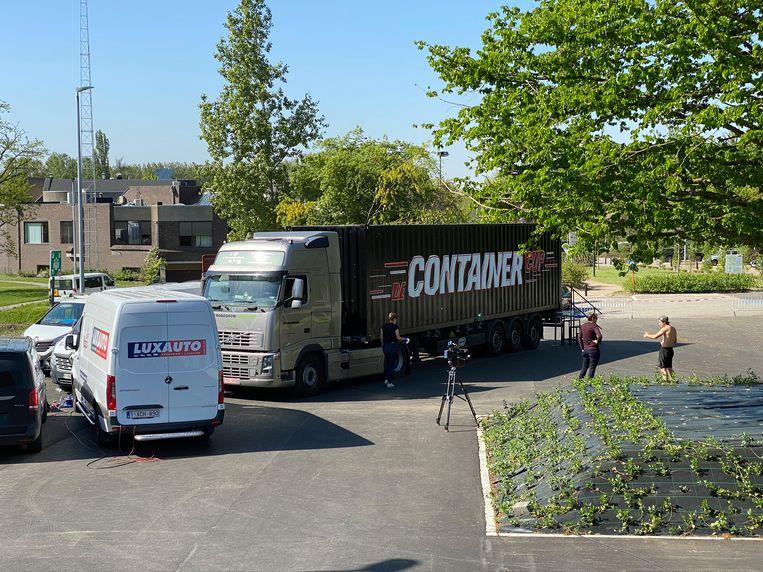 De container van 'De Container Cup' streek voor een dagje neer op het domein Steenberg in Erpe-Mere.