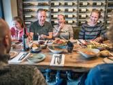 Papa maakt de belofte van Italiaanse verse gerechten niet waar
