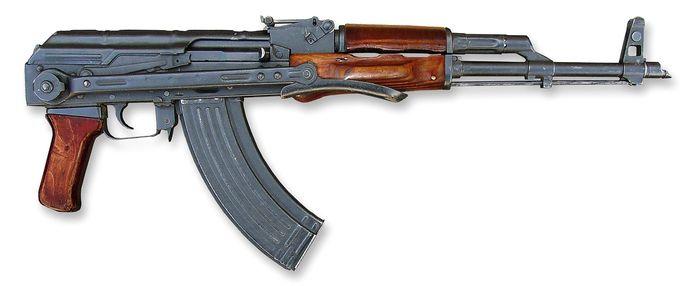 Met zo'n type wapen, een AK-47 Kalasjnikov, is Safranti volgens de politie om het leven gebracht.