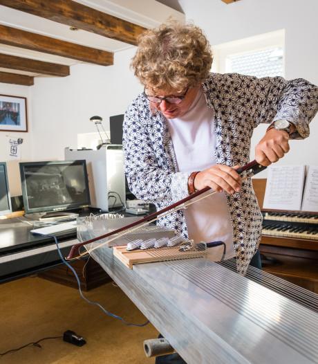 Hattemer Hans Tijssen kan hele middagen klooien met zijn zelfgebouwde blasterbeam, een uniek instrument