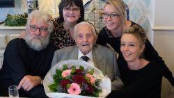 """Frans (101): """"Mijn tip om oud te worden? Niét doodgaan"""""""