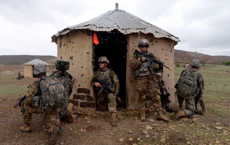 Archiefbeeld. Amerikaanse soldaten tijdens een gevechtsoefening in Senegal.