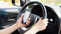 Weyts wil app die gsm blokkeert in bedrijfswagens