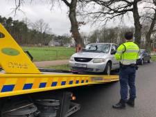 Mysterieuze 'spookauto' van 't Loo eindelijk afgesleept