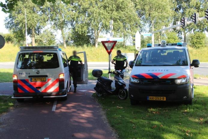 Twee politie-eenheden kwamen ter plaatse.