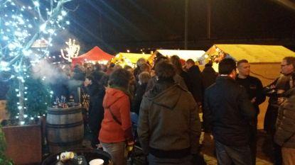 Battelse verenigingen klinken tijdens kerstmarkt