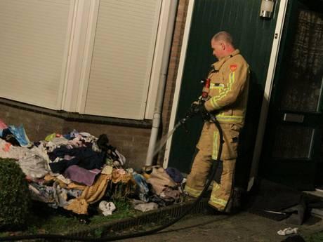 Helmonders verdacht van dubbele brandstichting in eigen woning