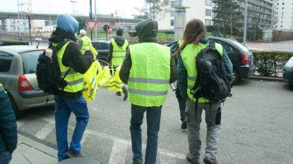 Twintigtal gele hesjes duiken op aan RTBF, maar raken gebouw niet binnen