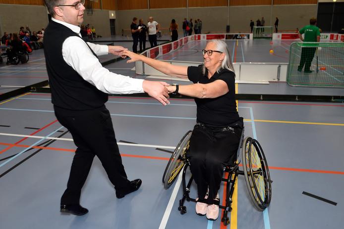 Marijke Roest stond aan de basis om rolstoeltennis in Eemland mogelijk te maken.