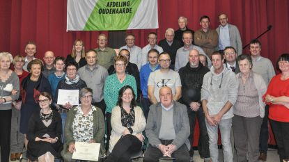 ACV huldigt trouwe leden in De Kring