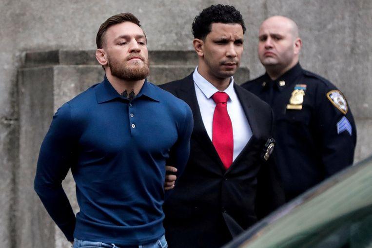 McGregor's arrestatie na het befaamde busincident.
