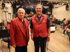 Speld met drie robijntjes voor 70 jaar lidmaatschap Fanfare Irene in Westerhoven
