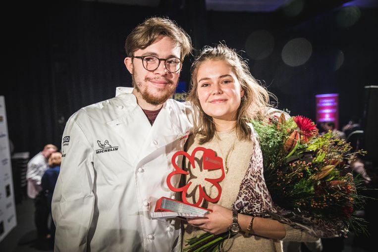 """Philippe Heylen en zijn vriendin Maxine De Schrijver. Hij runt de keuken, zij doet de zaal. """" We hebben het erop gewaagd en blijkbaar met succes."""""""