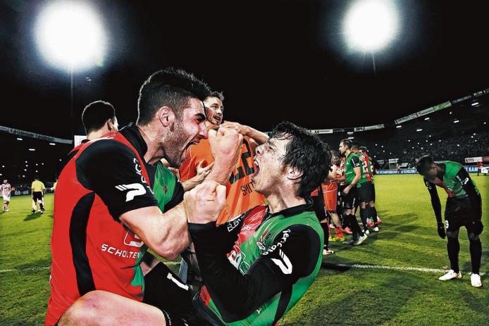 Spelers van NEC vieren het kampioenschap van de eerste divisie in 2015.