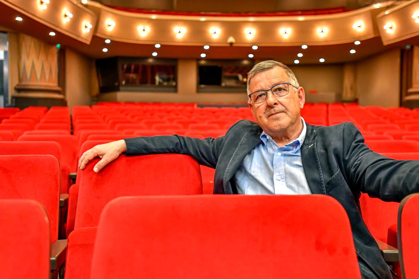 'Daar is geen speld tussen te krijgen', verzucht Cees Meijer van theater De Maagd vlak na de persconferentie.