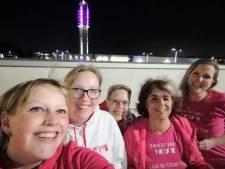 Formule 1 Vrouwen kleuren Alphense tv-toren roze