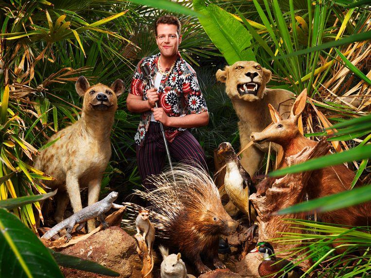 Comedian Martijn Koning in 'Koning van de dieren'. Beeld Corné van der Stelt