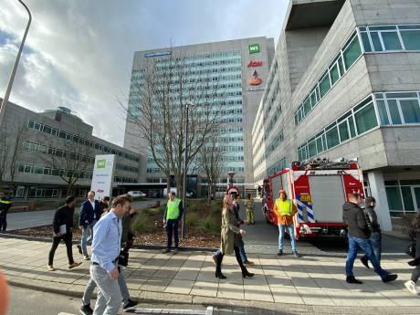 Politie onderzoekt verdacht postpakket bij bedrijf in Utrecht, kantoor is ontruimd