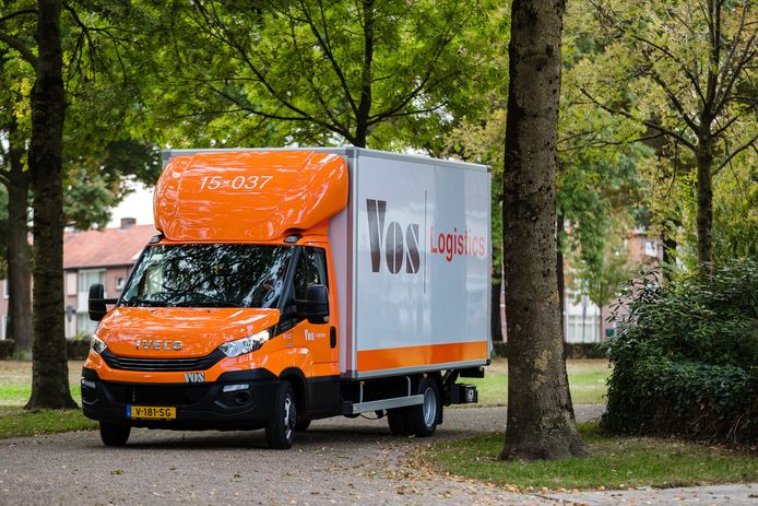 Een vrachtwagen van Vos.