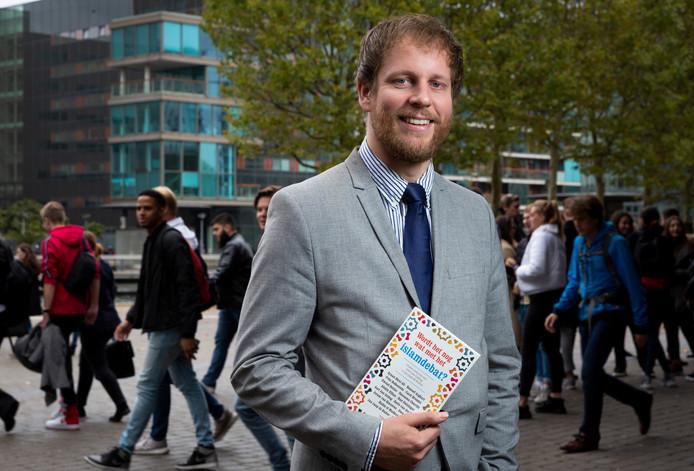 Gert Jan Geling schreef samen met Jan Jaap de Ruiter Wordt het nog wat met het islamdebat?. ,,Kom maar op met je mening. Uit hem maar!''