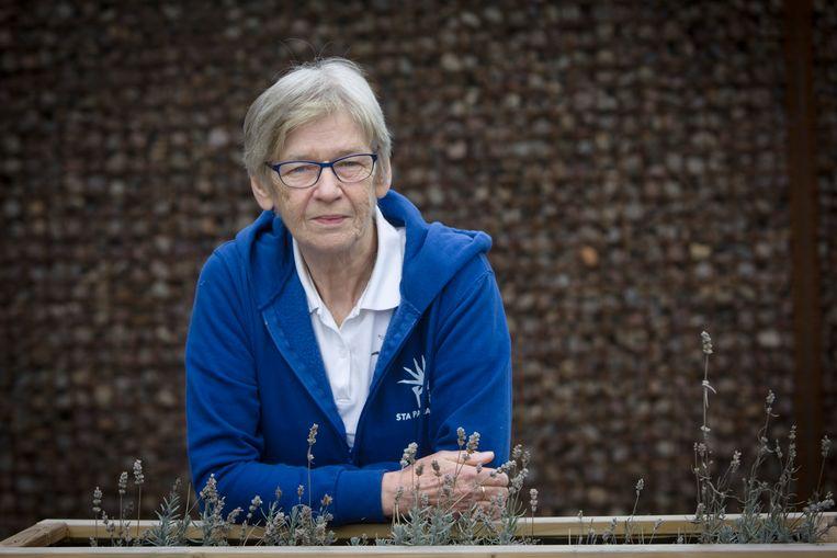 """""""Zelf zwieren op een balk doe ik al lang niet meer, mijn heupen en schouders zijn helemaal versleten"""", zegt Lisy Genné."""